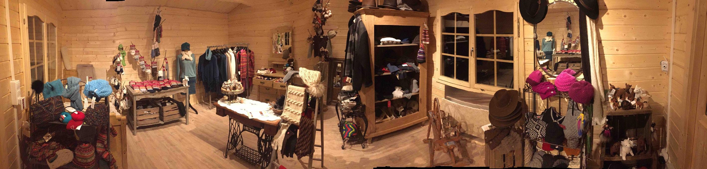 Unser Hofladen - 2015 nochmal größer für all die Produkte aus Alpakawolle.